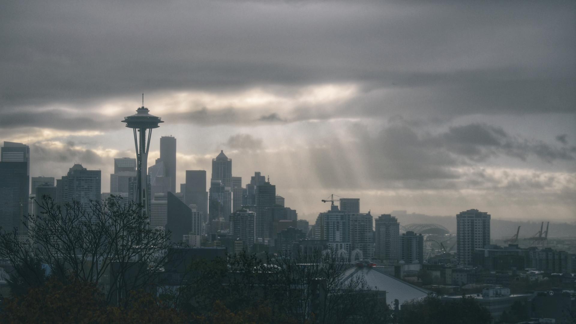 Light over Seattle