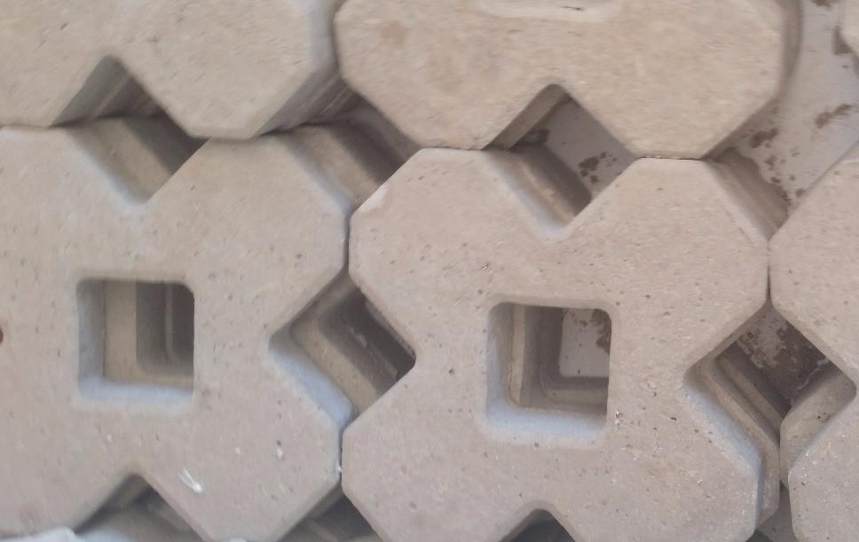 Concregrama X 4 pontas 34x34x4,5cm