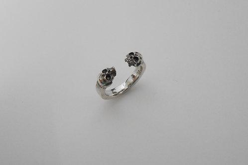 Two Skull Ring