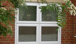 Standard_casement_window_veka.jpg