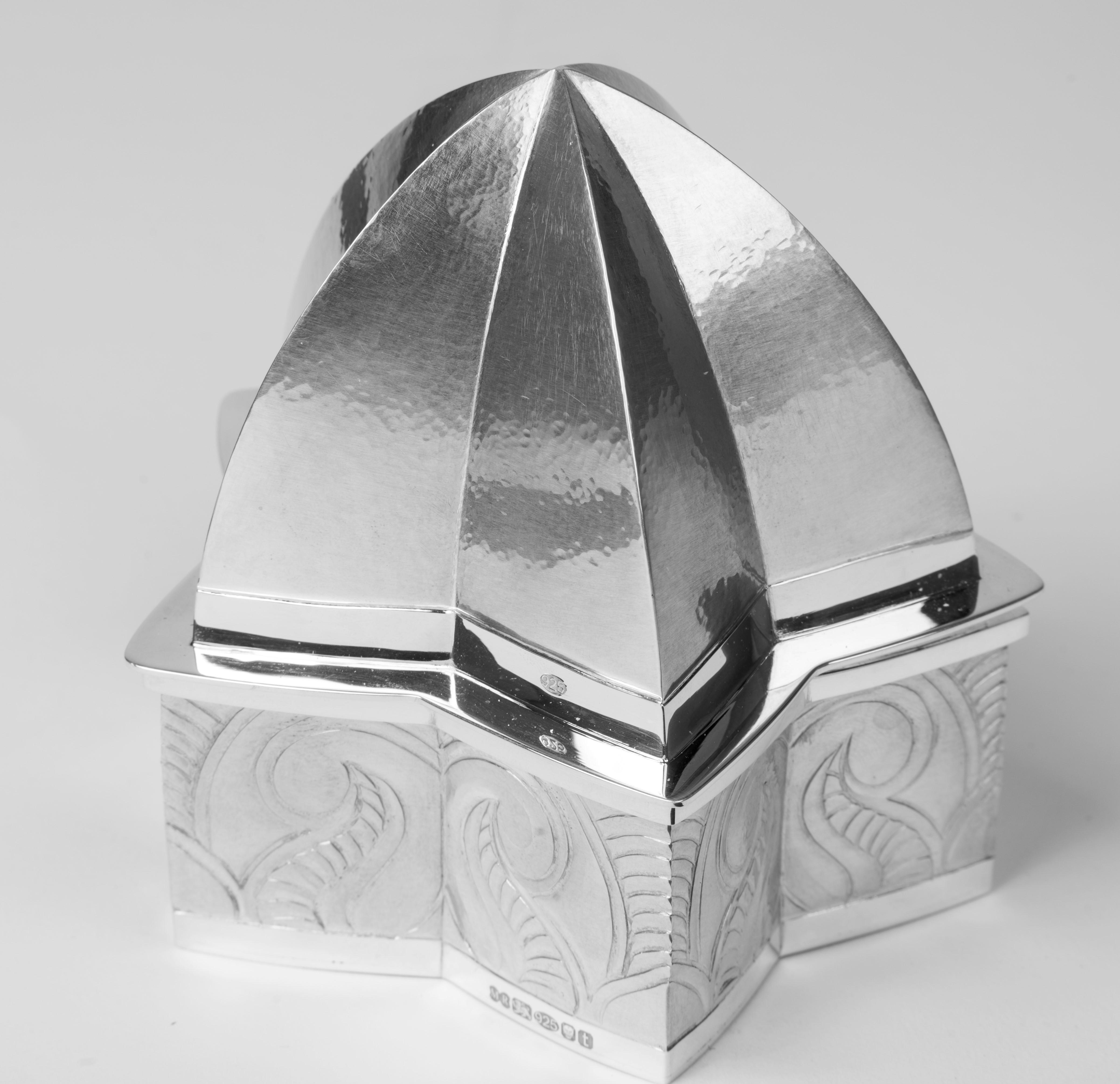 Lotus Temple Box