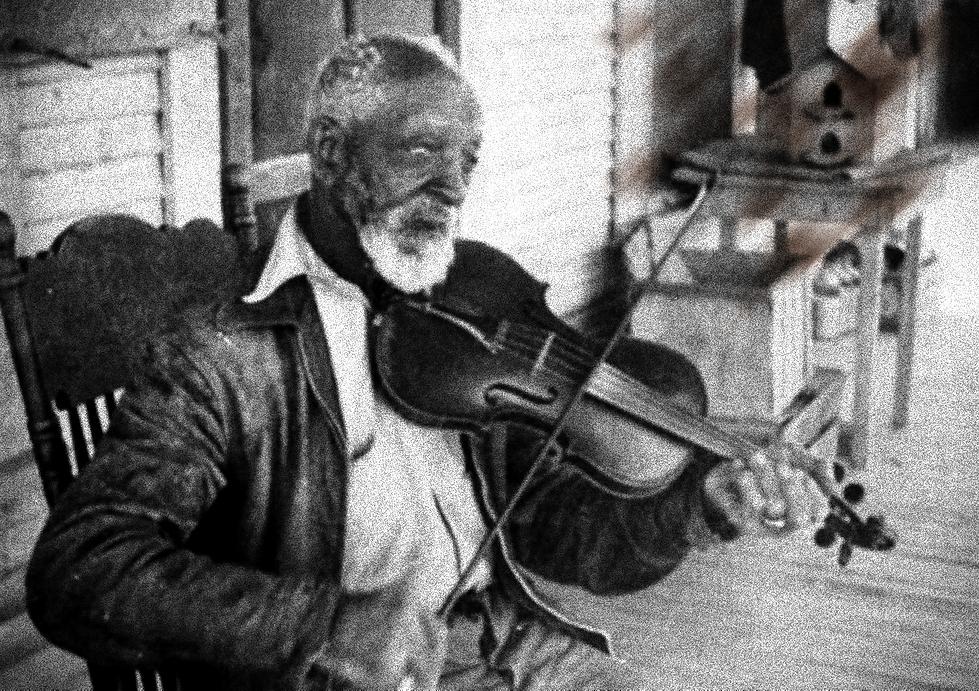 Black_Fiddlers_edited.png