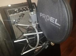 Studio24 - Microfono AKG
