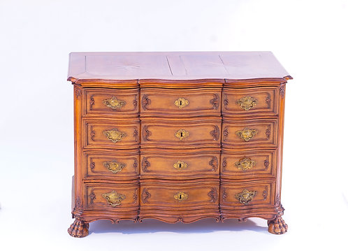 18th c. French Walnut Serpentine Comode