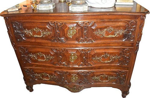 18th c. French Louis XV Style Walnut Commode