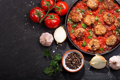 Boulettes de viande avec sauce à choix