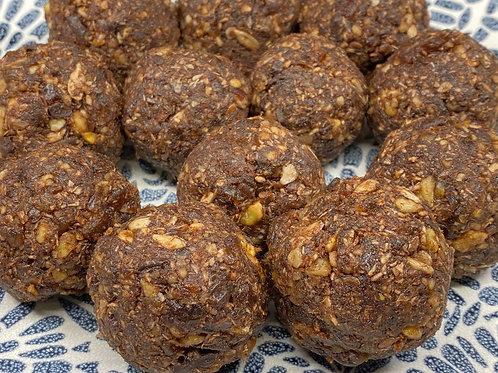 Dark Chocolate & Date energy balls