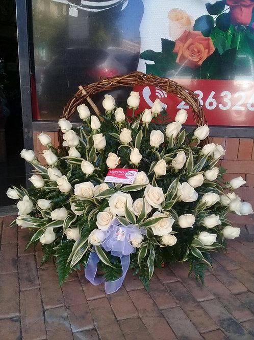 Corona de 60 Rosas