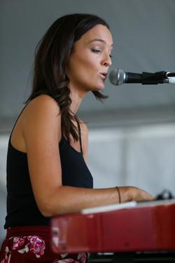 B07K6945-Imogen Brough, Great Ocean Properties Marquee, singing