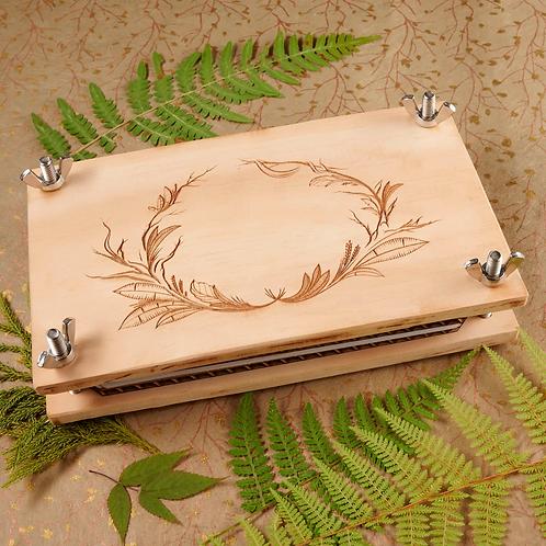 Botanical Heirloom Oak Flower Press Kit