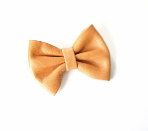 Leather bow clip / Tan