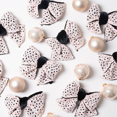 OS120 Jessica Ornament set / Eyelet lace