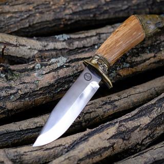 Предметная съемка охотничьих ножей