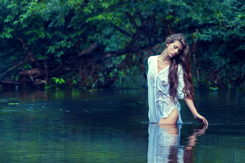 photosseiya-devushka-u-vody-1.jpg