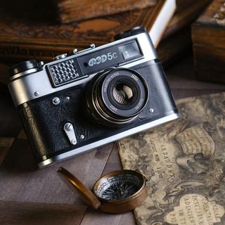 Старый фотоаппарат - предметная съемка