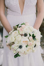white-bridal-bouquets-inspire-2.jpg