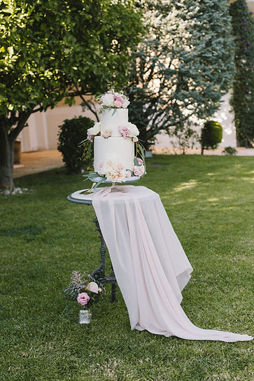 Blysh pink wedding cake