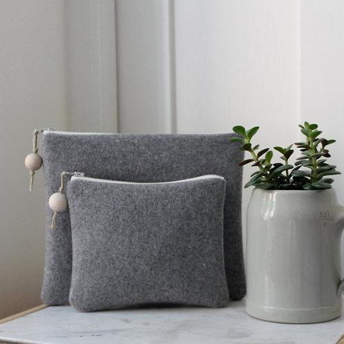 Pochette rectangle en lainage gris