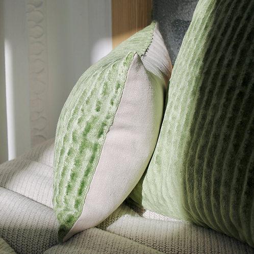 Housse de coussin rectangle velours vert / lin beige