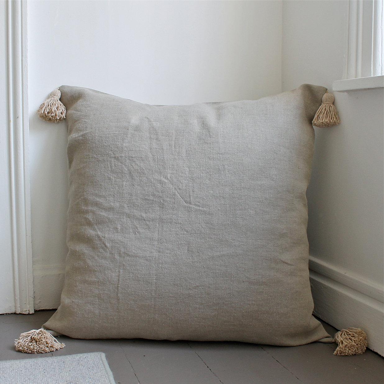 prunier. Black Bedroom Furniture Sets. Home Design Ideas