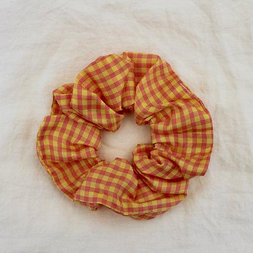 Chouchou oversized vichy rose et jaune en soie