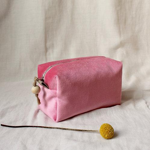 Trousse de toilette Bébé : velours rose bonbon vif