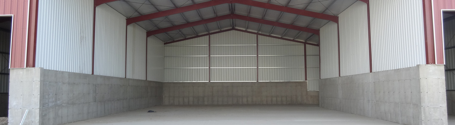 60 x 90 x 27  with 25 x 90 x 27 - 21'9.5'' and 20 x 90 x 27 - 22'10'' Lean-To's - 1683 (1)