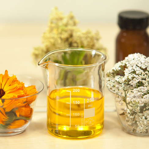 A Guide to Specialty Carrier Oils for Skincare