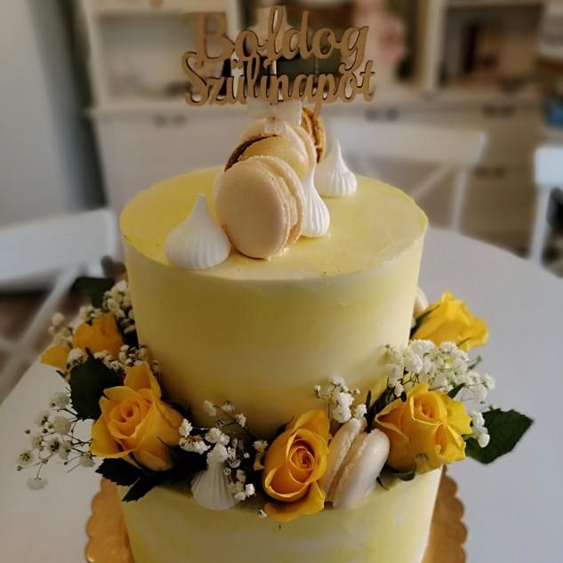 """Sárga"" torta"