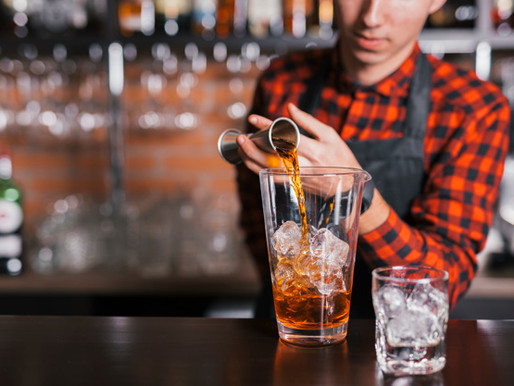 Why do Bars and pubs need a experienced cleaning service?