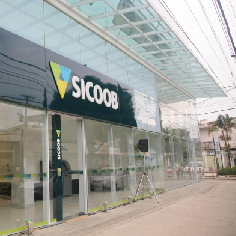 Fachada Sicoob 1