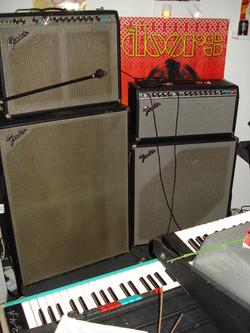 Fender Rhodes AMPs + Piano Bass + Gibson G101