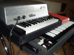 Fender Rhodes Piano Bass 1968 + Vox Continental 1967