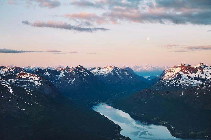 Utsikt fra Tromsdalstinden Tromsø