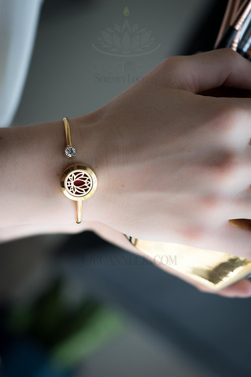 Bendable Yellow Gold Soft Twist Serenity Lotus Bangle
