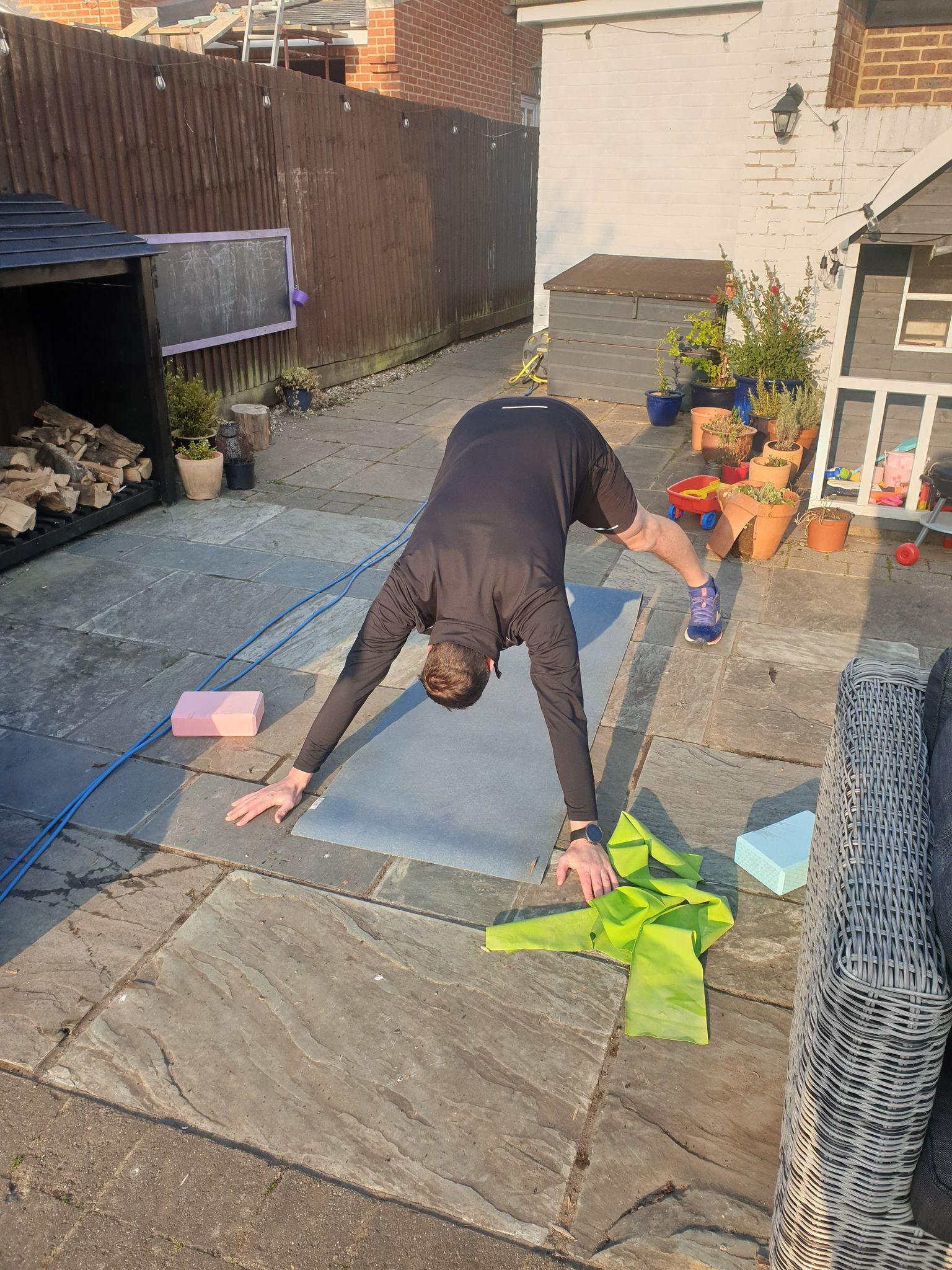 Online Gravity Yoga