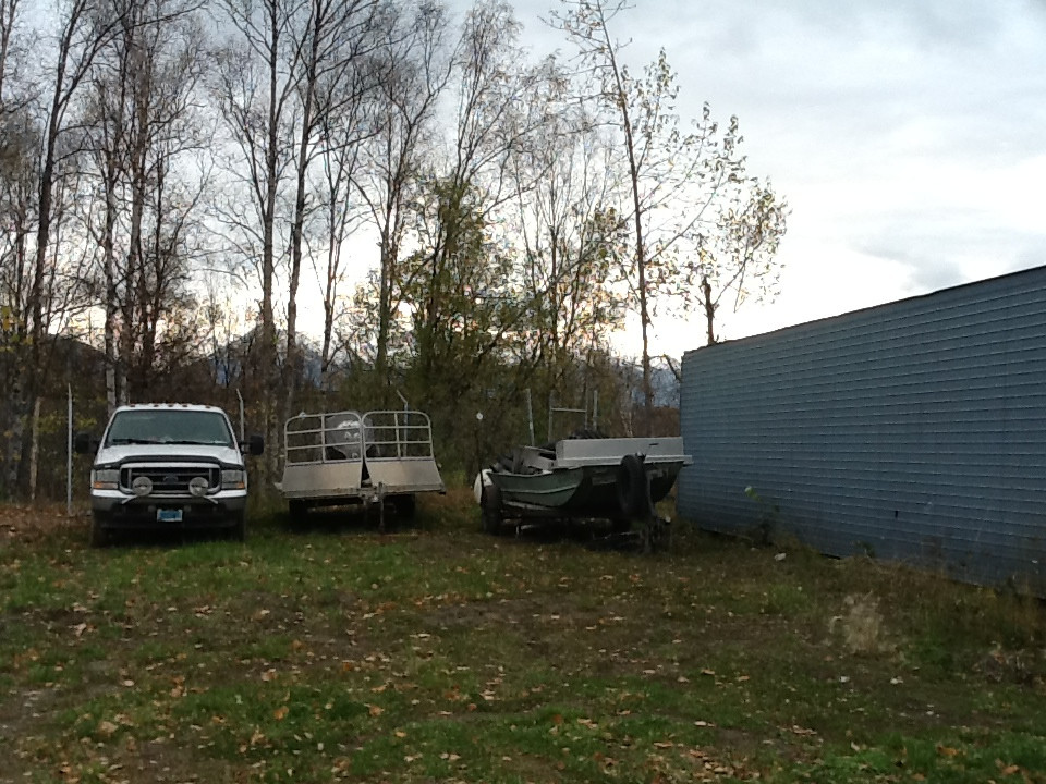 Settlers Bay Yard Storage