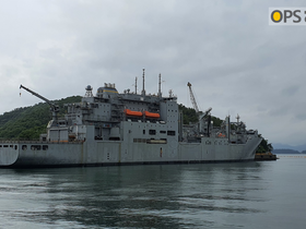 USNS ALAN SHEPARD VISIT IN CHINHAE
