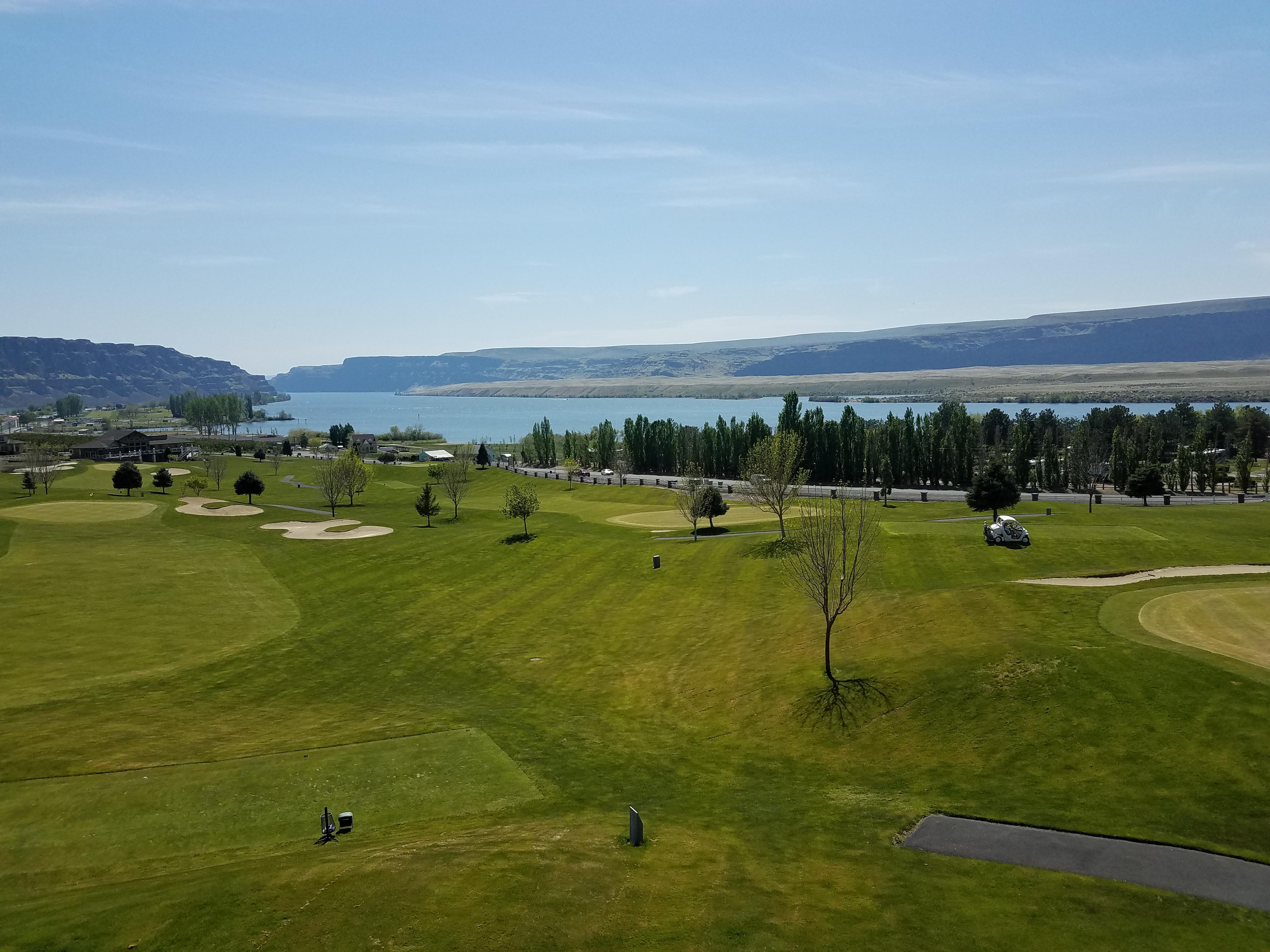 Sunserra Golf