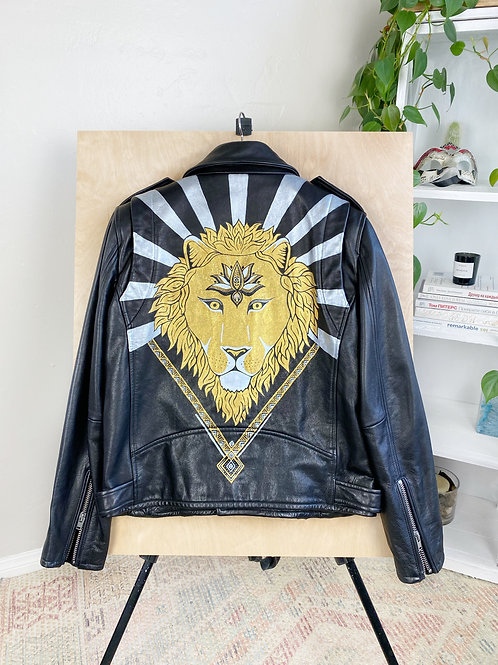 "Hand-painted leather jacket ""Lion power"""