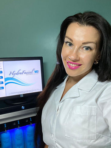 Aesthetic treatments, beauty, botox, face lift, skin care, filler injections