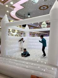 Hochzeitshüpfburg