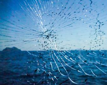 cracked Glass on sea.jpg