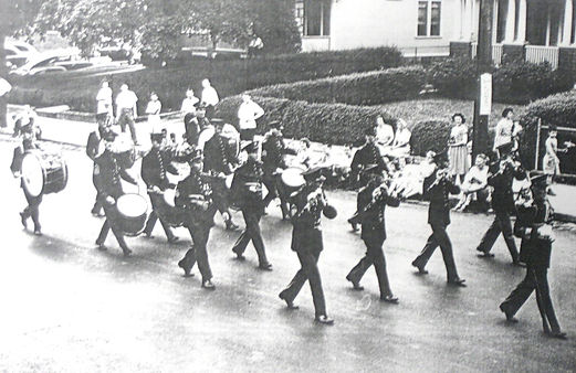 Kirks%20In%20Parade%20Formation%201930s_