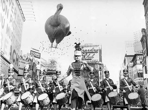 1959%20Macy's%20Parade%20Times%20Square%