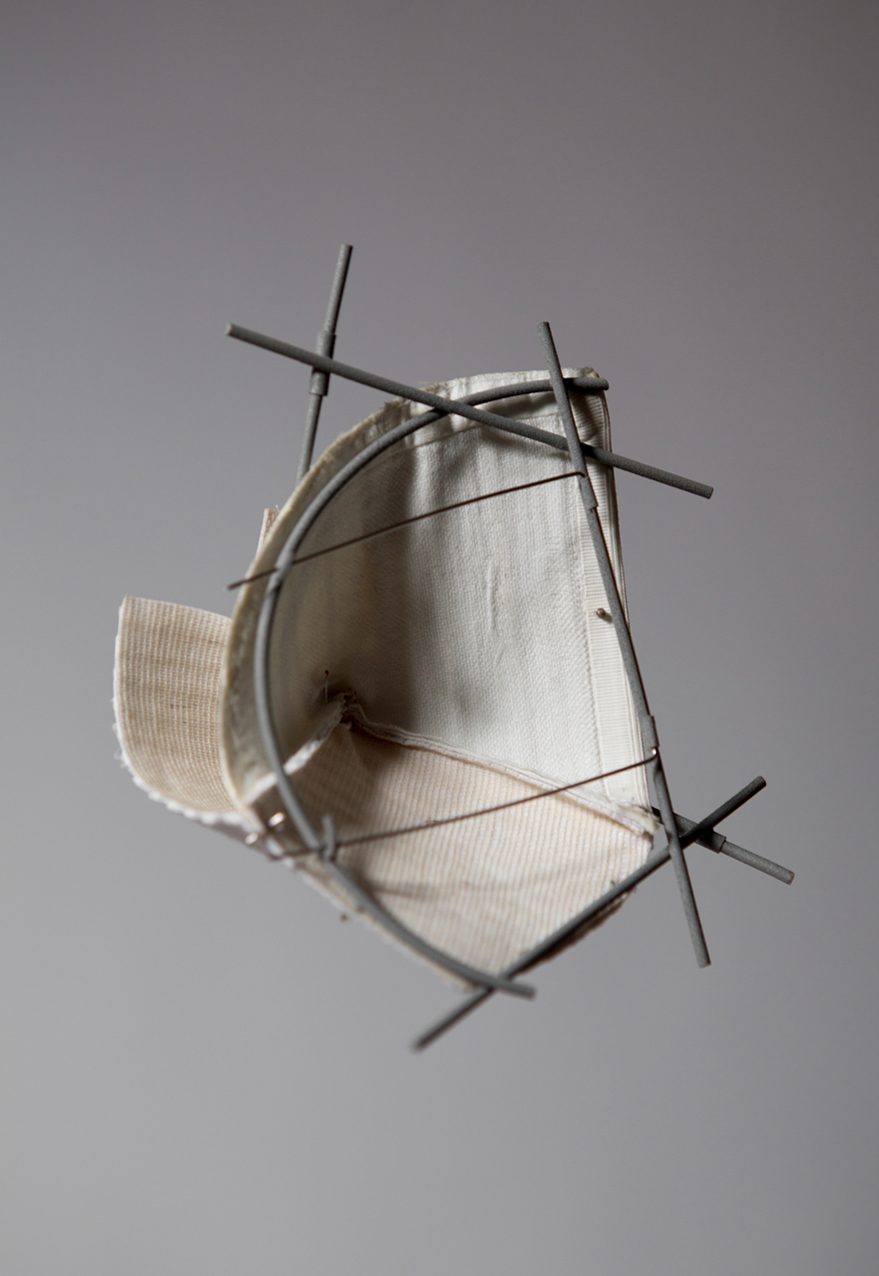 Forma Nº3  Brooch  Shirt parts, brass, silver, steel wire, cotton thread. 2015