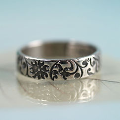 floral_curls_4mm_band_sterling9_sycamoon