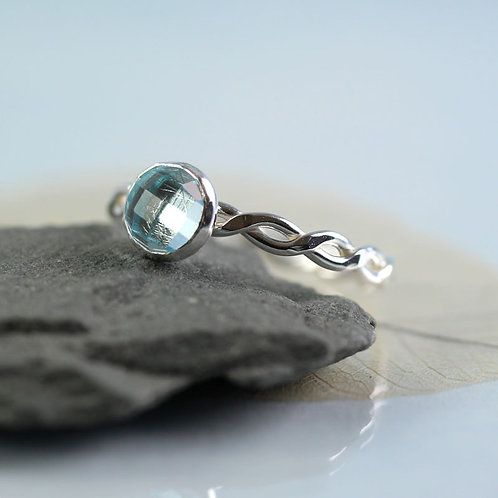 Silver Twist Ring with Topaz in Sky Blue