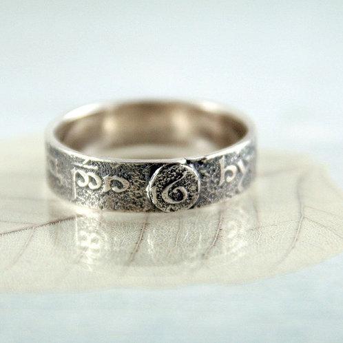 Elvish Rune Ring  Silver Ring Band  Tengwar