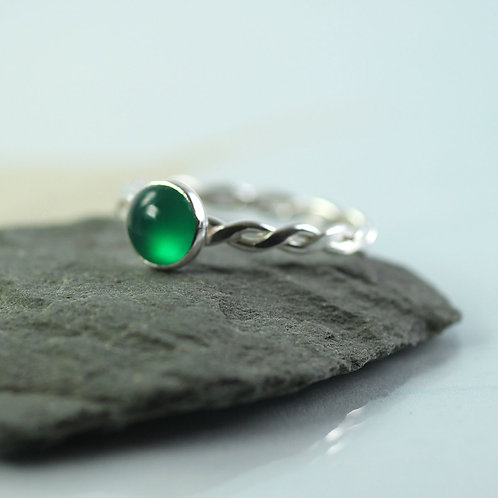 Green Onyx  Silver Twist Ring